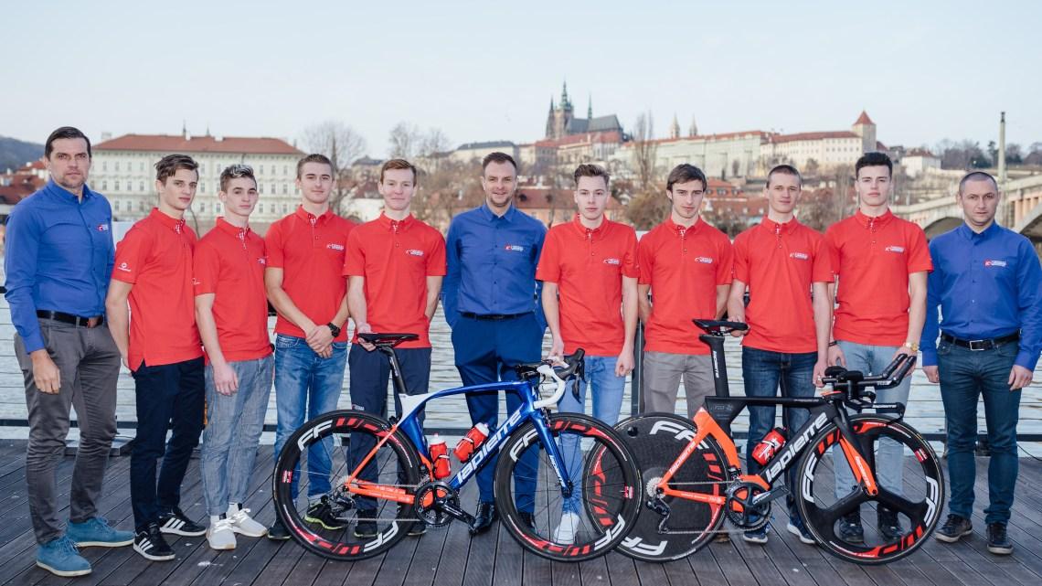 Pro rok 2018 jsme součástí a dodáváme wattmetry Precison od 4iiiicom nejlepšímu silničnímu týmu U23 Topforex - Lapierre Pro Cycling Team Tým byl oficiálně představen v Praze a s ním i nový ředitel Pavel Padrnos, dále Rene Andrle a CEO Radim Kyjevský
