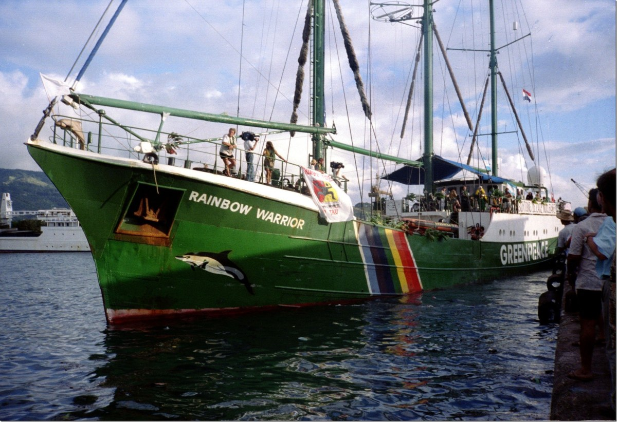 Greenpeace's Iconic 'Rainbow Warrior' Ship Chopped Up On A
