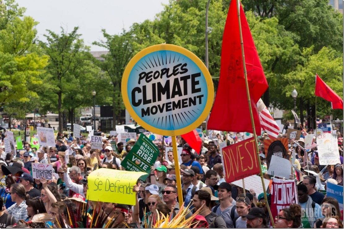 Protestors at the People's Climate March in DC on April 29, 2017 Credit: Mark Dixon/Flickr