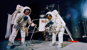 Neil Armstrong, First Man on the Moon: 1930-2012 | Watts Up