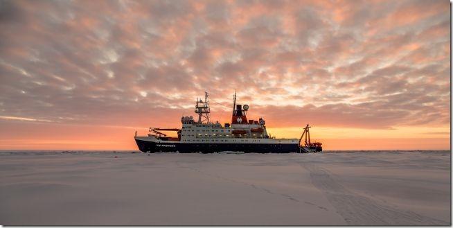 A Massive Icebreaker Ship Will Trap Itself in Arctic Sea Ice