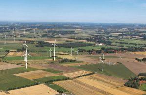 natural+gas+production+-+windmills.jpg