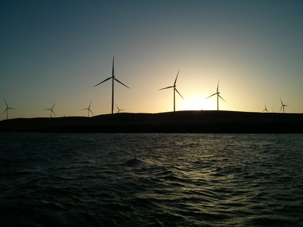 medium resolution of wind turbine payback period claimed to be within 8 months