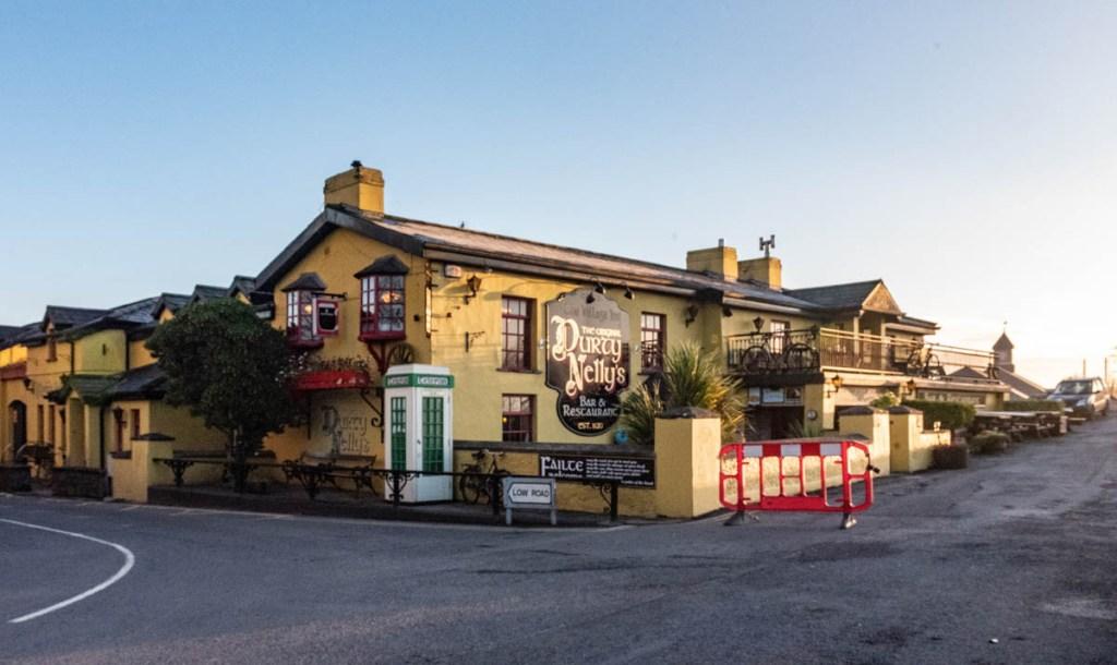 bunratty, bar, pub, restaurant, folk village