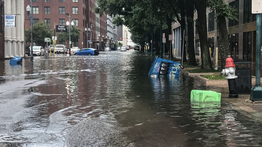 Downtown New Orleans floods as pumps aren't quick enough to drain the water