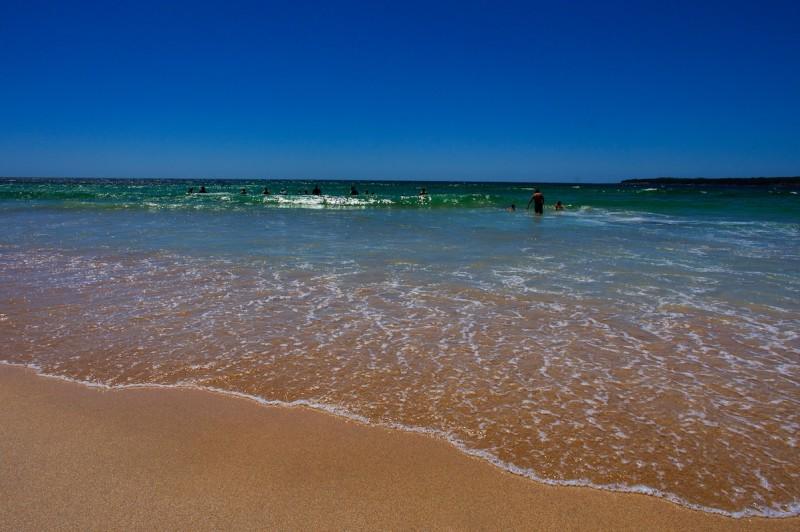 Shell Harbours South Beach, NSW, Australia 21 Dec 2014.  Ross Waugh