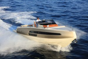 Love you Tender – Invictus 370 GT