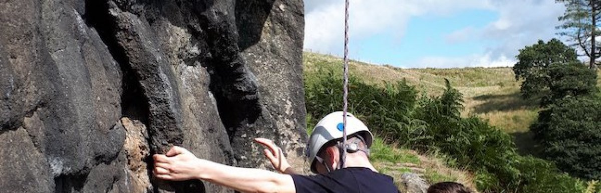 Great climbing and Abseiling with Peak Connections