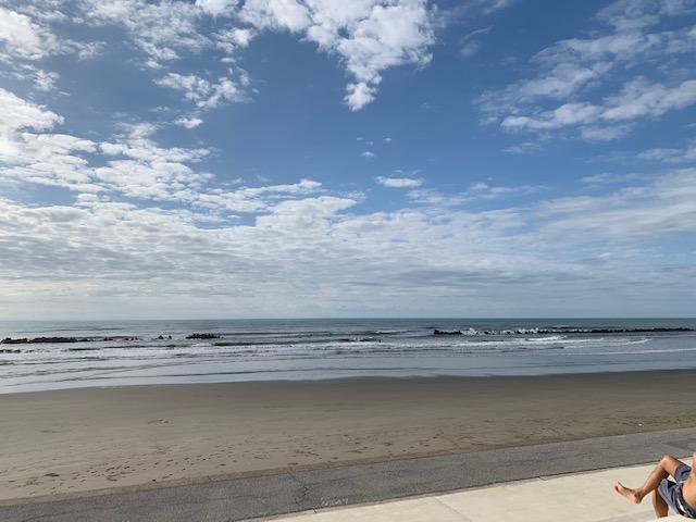 とてもファンな波で
