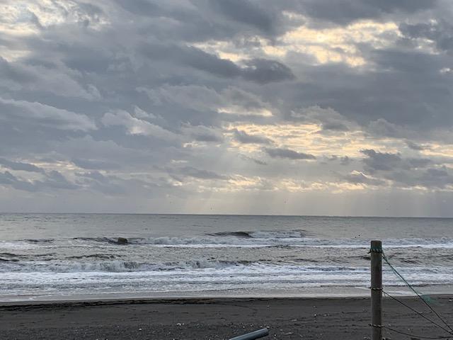 今日の海は