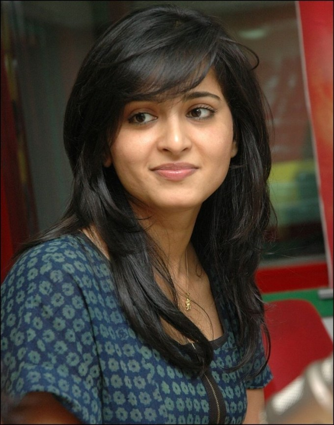 Different Haircuts For Indian Women | Anushka Shetty | Pinterest with regard to Haircut For Oval Face Girl Indian