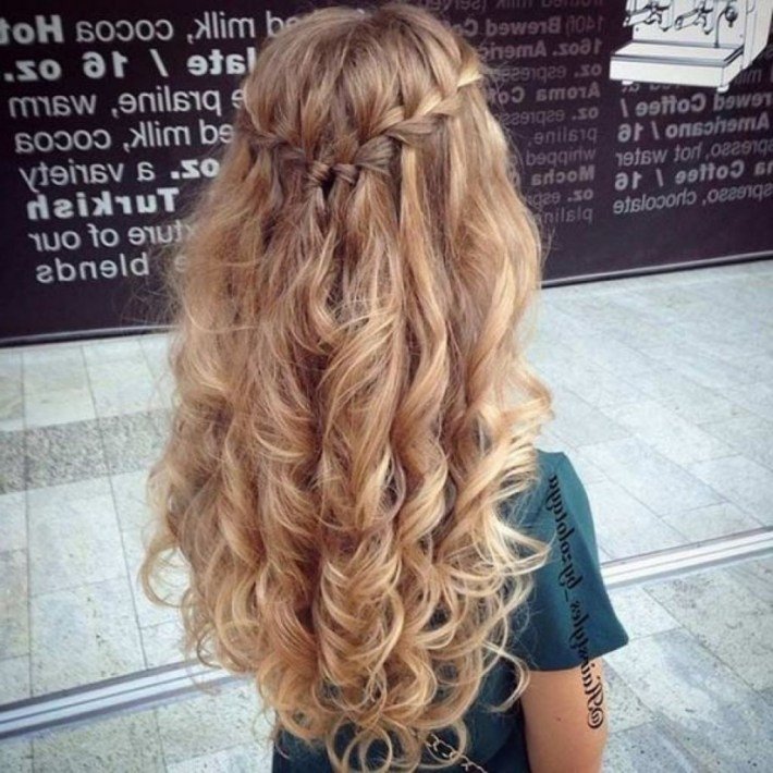 + Inspirational Curly Hairstyles For Prom Hairstyles Hoco Half pertaining to Curly Down Prom Hairstyles