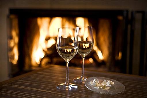 Wine Glasses Fireplace Inn Above Tide 103 3 The Fix