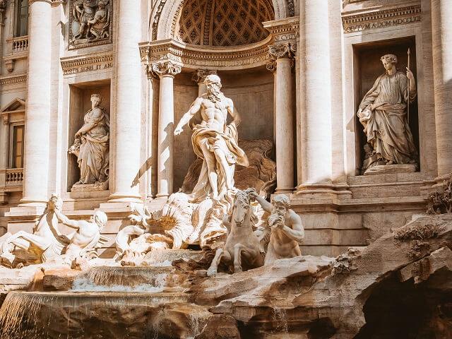 イタリア・ローマのトレビの泉