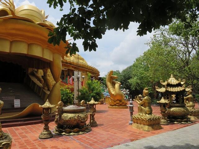 スイティエン公園の中にあるお寺