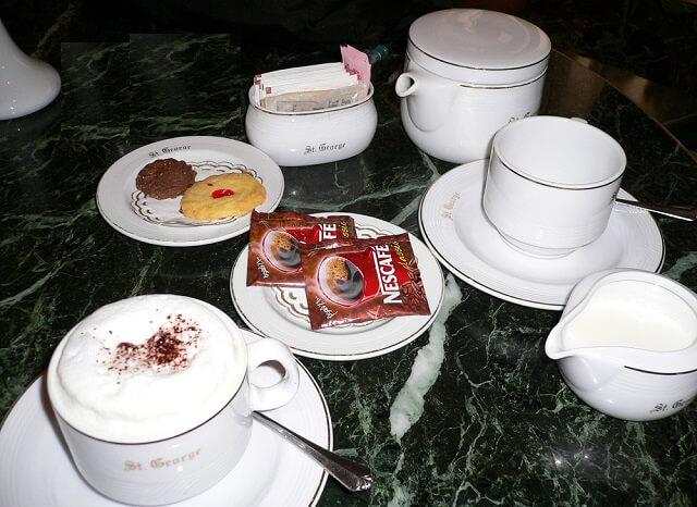 エジプトのホテルで頼んだコーヒー