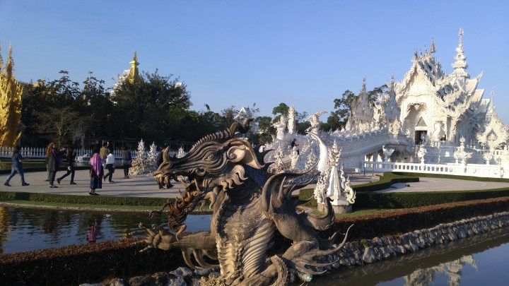 Wat Rong Khun วัดร่องขุ่น The White Temple