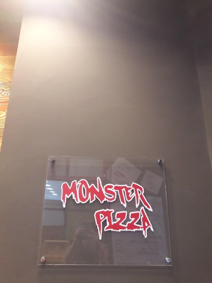 Monster Pizza 몬스터피자