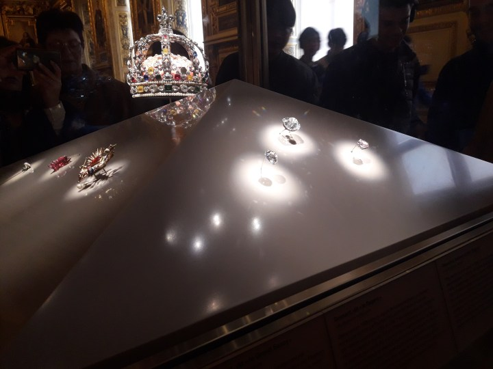Crown of Louis XV: Denon wing, 1st floor Galerie d'Apollon Room 705