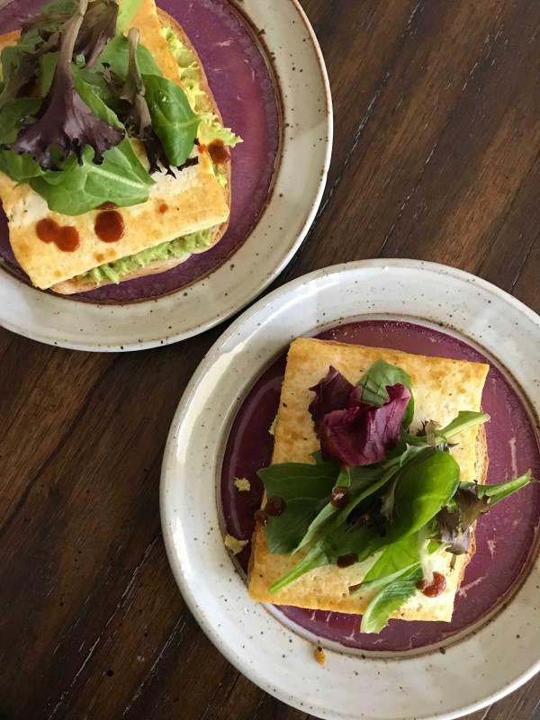 Oprahs-Vegan-Sandwich