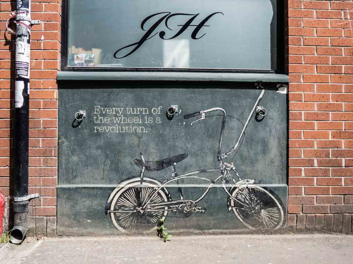 Belfast Street Art Turn of the Wheel