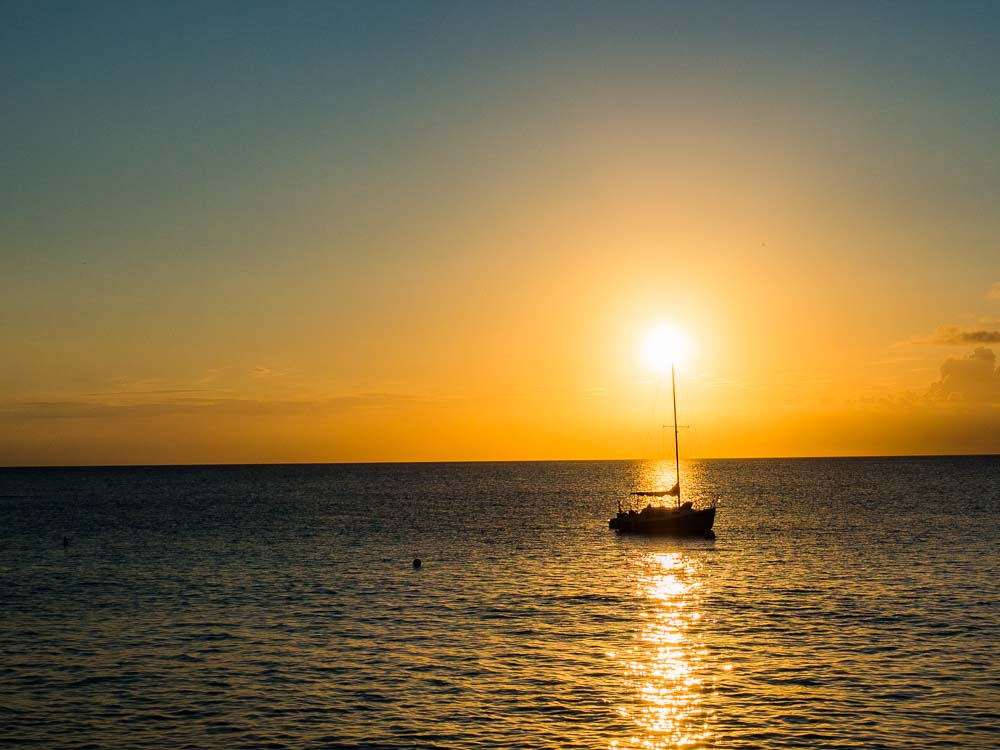 What to do in Bonaire: Sunset at Carib Inn