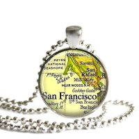 Customizable map pendant