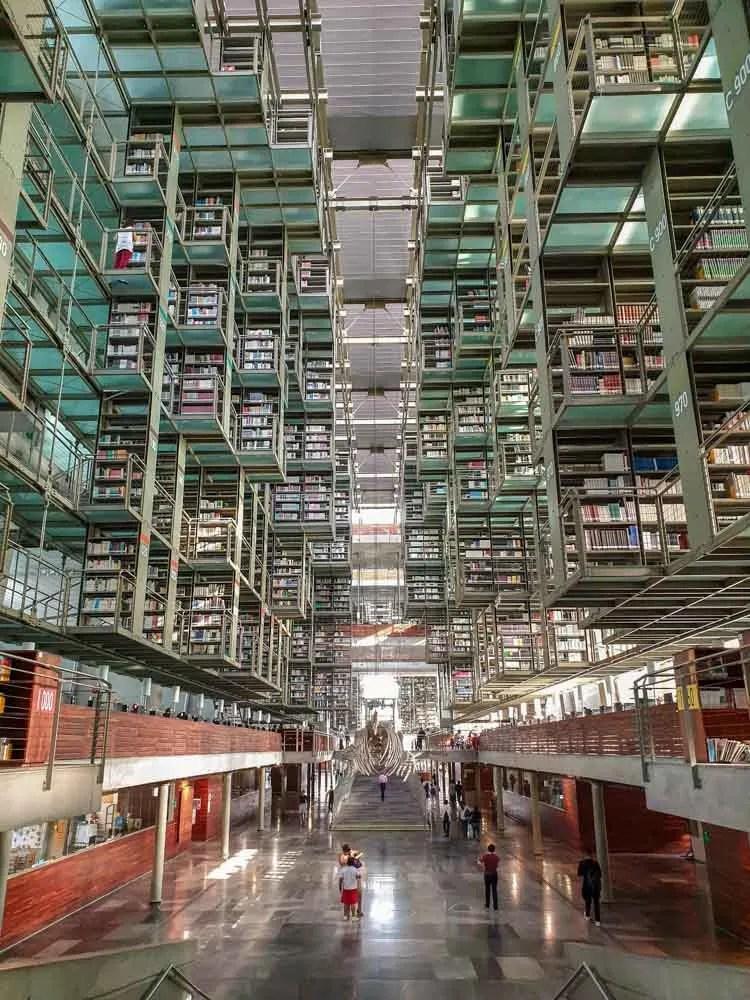 Mexico City library Biblioteca Vasconcelos