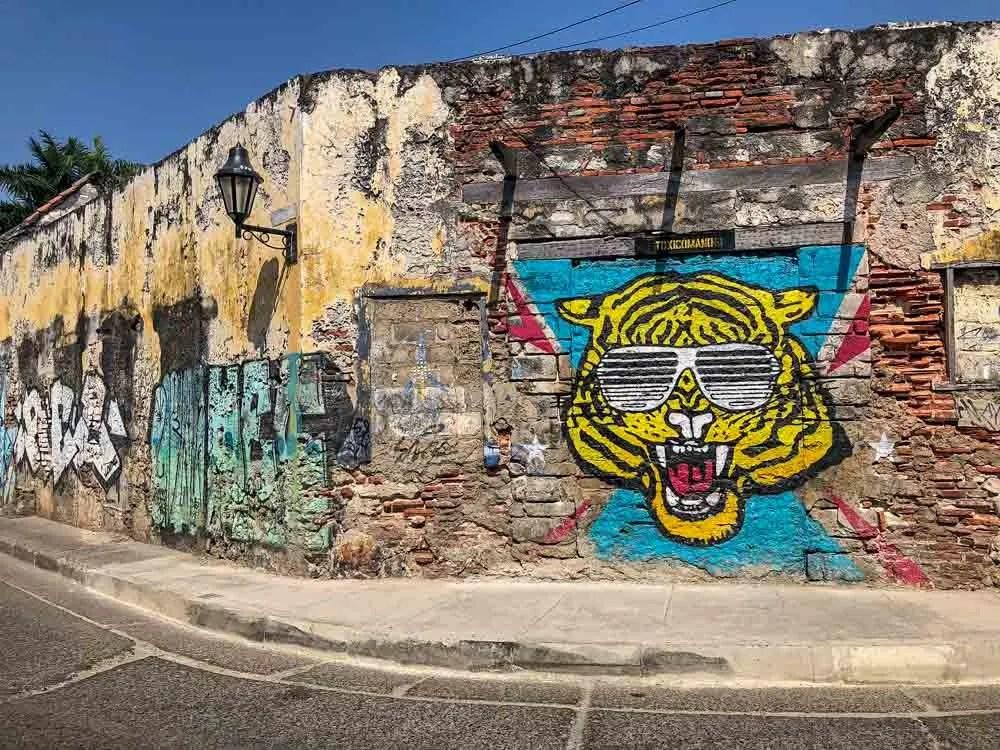 Cartagena street art mural by Toxicomano