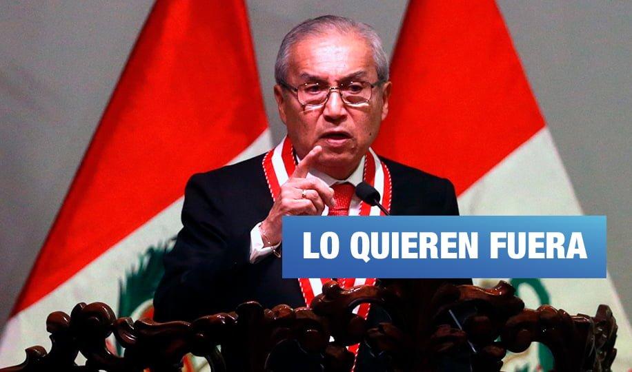 27 fiscales superiores exigen la salida de Pedro Chávarry