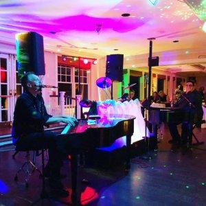 Weston Summer Concert Series: Ivory Rockers @ Weston Town Green