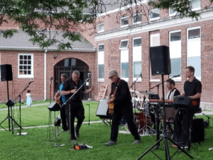 Outdoor Concert: The Standards, 50s and 60s oldies @ Town Building Courtyard