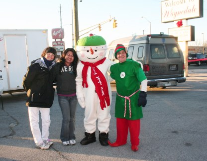 christmas_in_waynedale_2011_photo_20120607_1465033257