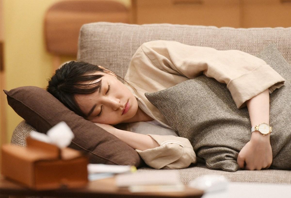 新垣結衣懷孕《月薪嬌妻》SP新春特別篇1月2日播出,今公佈15張劇照