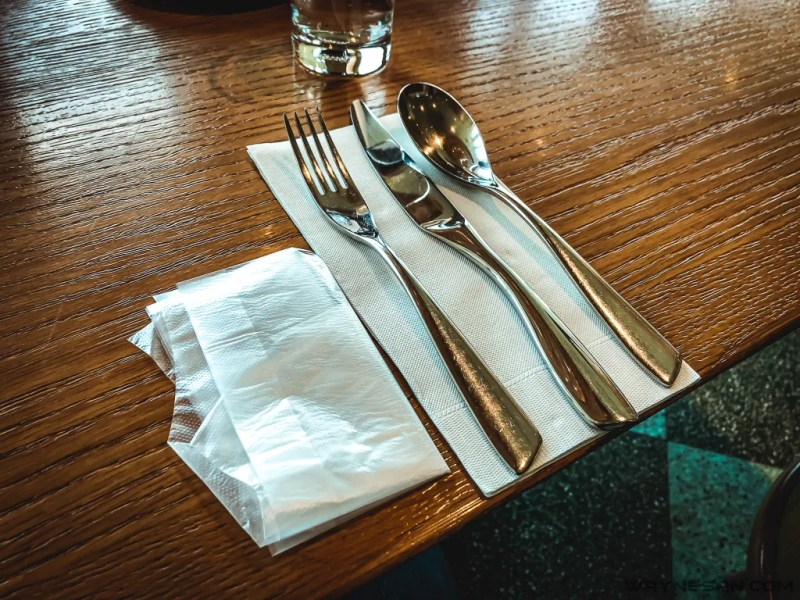 中午吃什麼?《QUE 原木燒烤餐廳》松山意舍酒店美食推薦