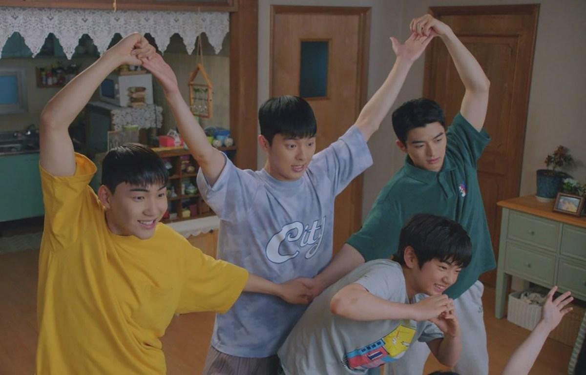 《羽毛球少年團/RACKET少年團》EP11 劇情與心得,愛到底是什麼?