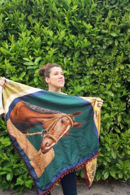 Wayome Upcycling foulard cheval dos regard devant