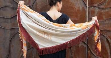 Wayome Upcycling foulard orange et crème image une