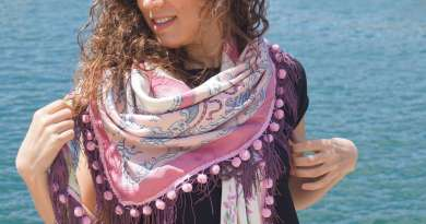 Wayome Upcycling foulard rose et violet image une