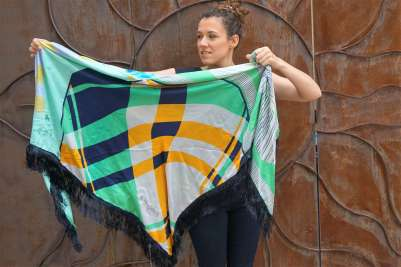 Wayome Upcycling foulard vert d'eau cote face