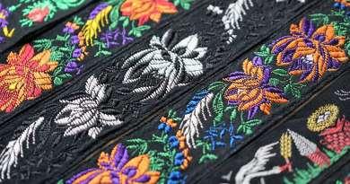 Wayome Upcycling rubans en soie bannière coté