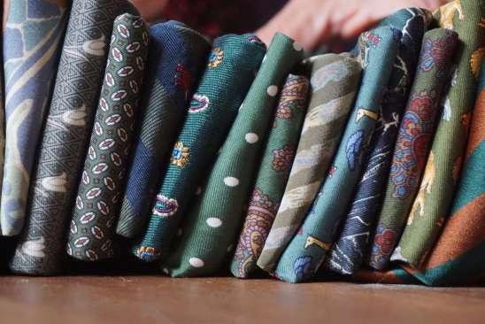 Wayome Upcycling des cravates et encore des cravates vert horizontal