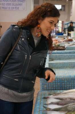 Wayome upcycling faire son marché avec de belles boucles d'oreilles en canevas poisson regard