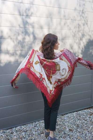 Wayome upcycling Un foulard en soie plein de rayures dos