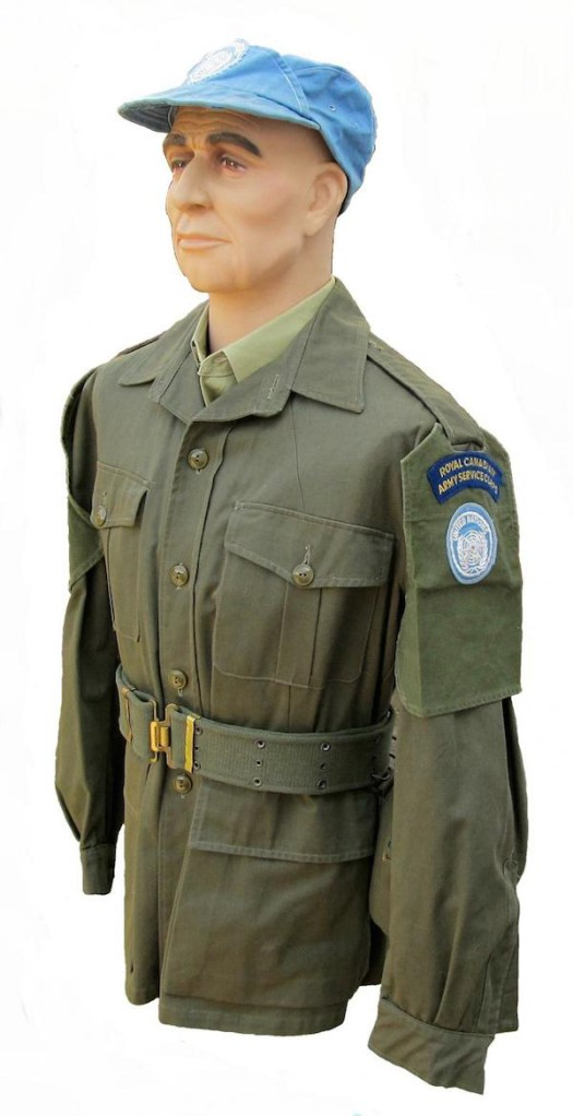 Army-uniforms 14