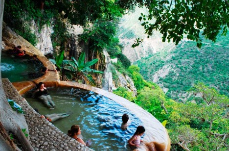hot-springs-grutas-3