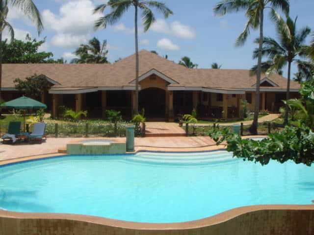 anda_white_beach_resort_front_view