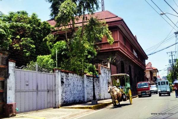 Kalesa in Intramuros
