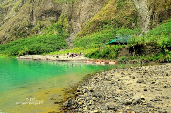 Mt Pinatubo lake