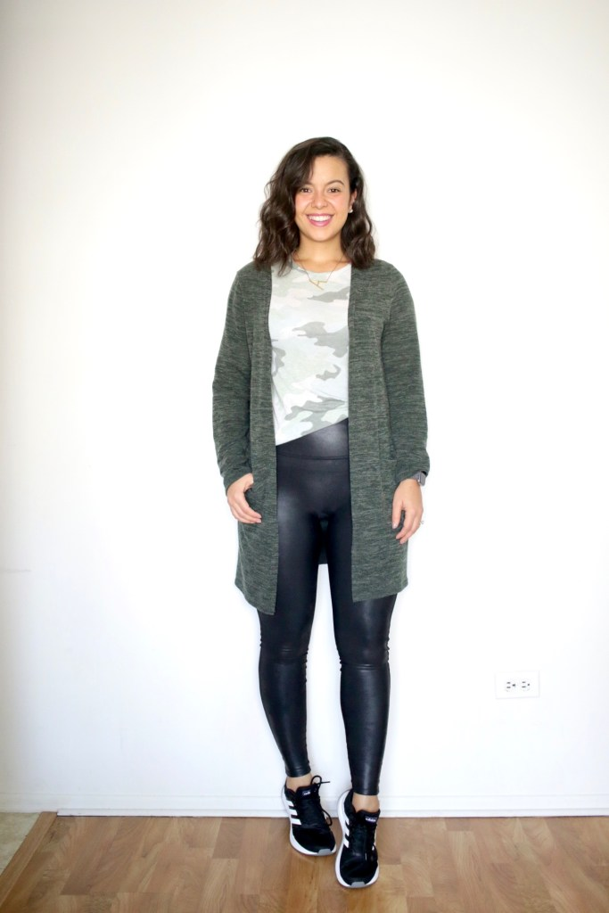 Classic winter look with sweater, leggings and sneakers